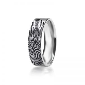 טבעת עם טביעת האצבע שלך