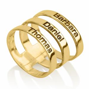 טבעת שכבות עם חריטת שמות