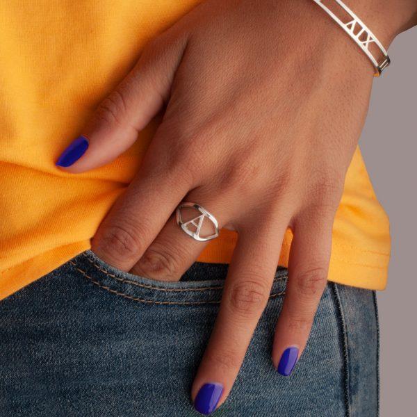 טבעת-אותיות